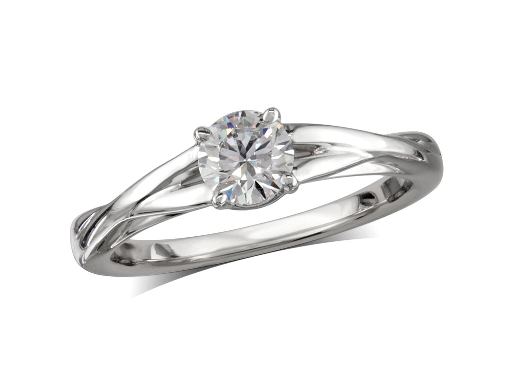 rings ring ct platinium engagement oval diamond platinum brilliant f in