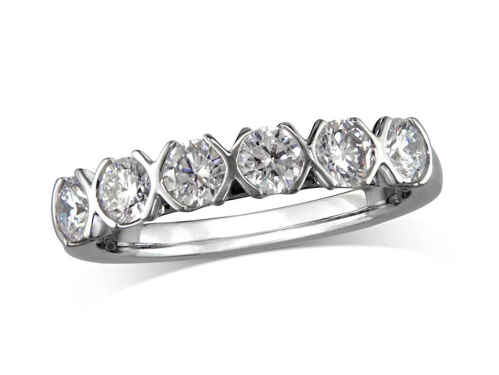 Click here to view this wedding ring - ID#SIERRA096 - in stock at Gold Street Northampton today
