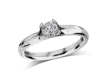 Platinum set single stone diamond engagement ring, with a certificated brilliant cut, in a four claw setting. Total diamond weight: 0.39ct.