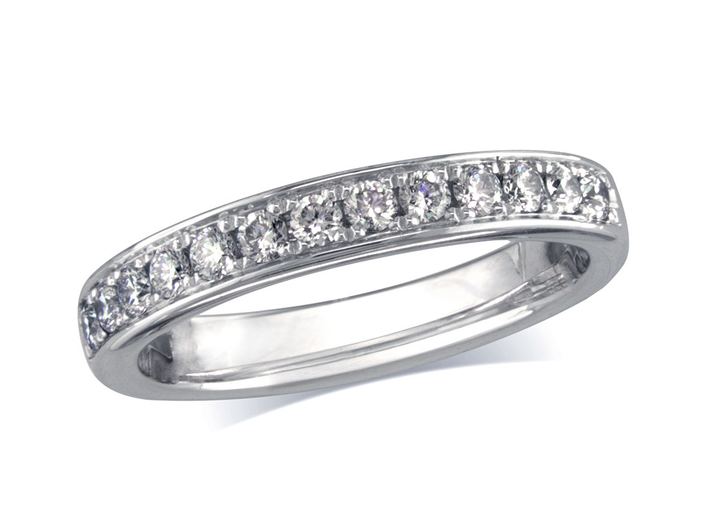 Click here to view this wedding ring - ID#MEMOIRE043 - in stock at Gold Street Northampton today
